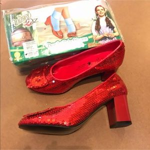 1 NEW pillowcase the pillow cover case high heel bow shoes RUBY RED Slippers